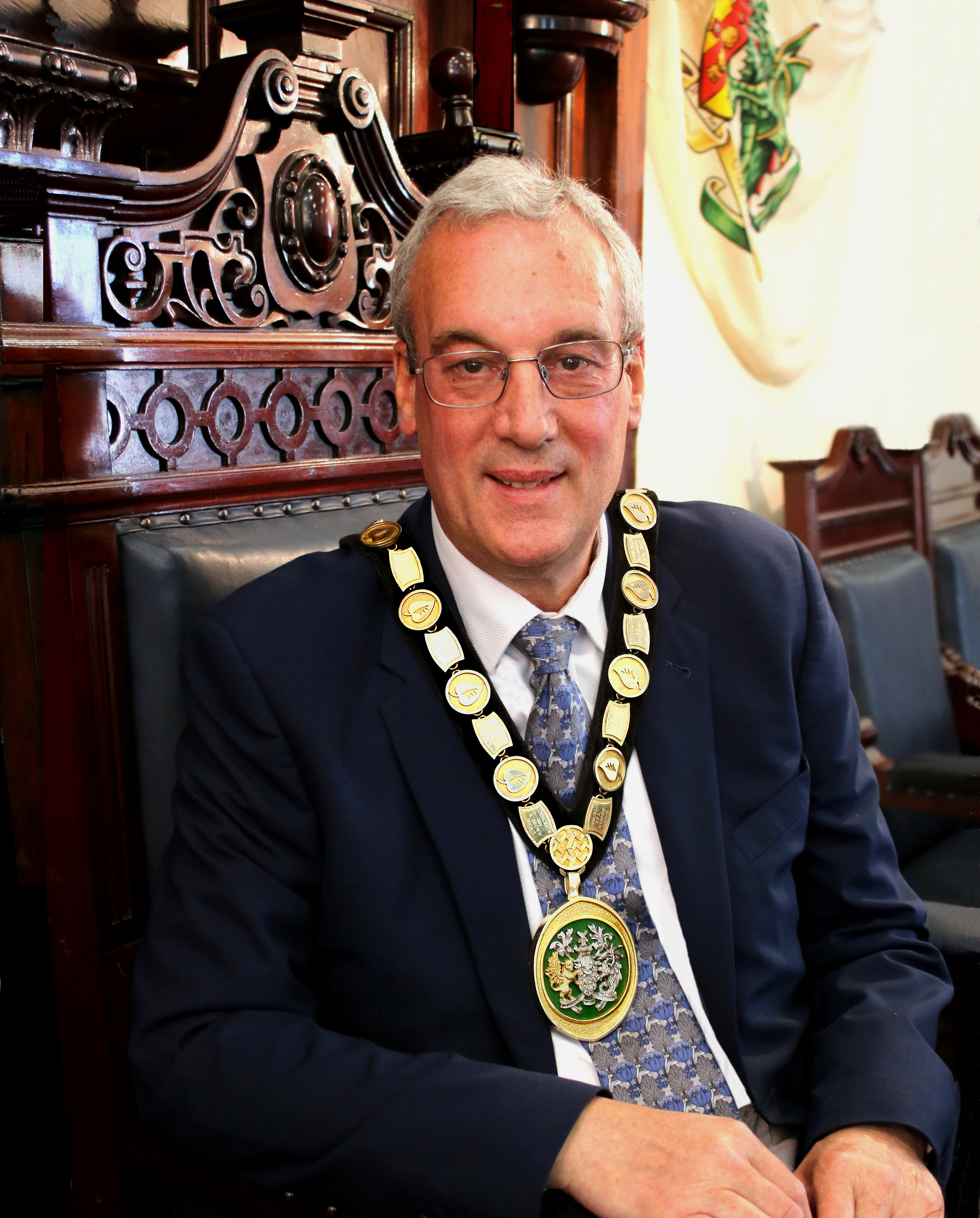 Cllr Robin Dray - Chairman of the Council
