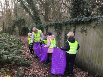 Westerings Primary Academy community litter pick